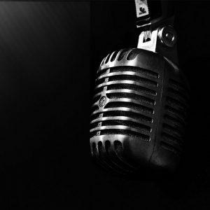 LIVE MUSIC: Singer Johnny White